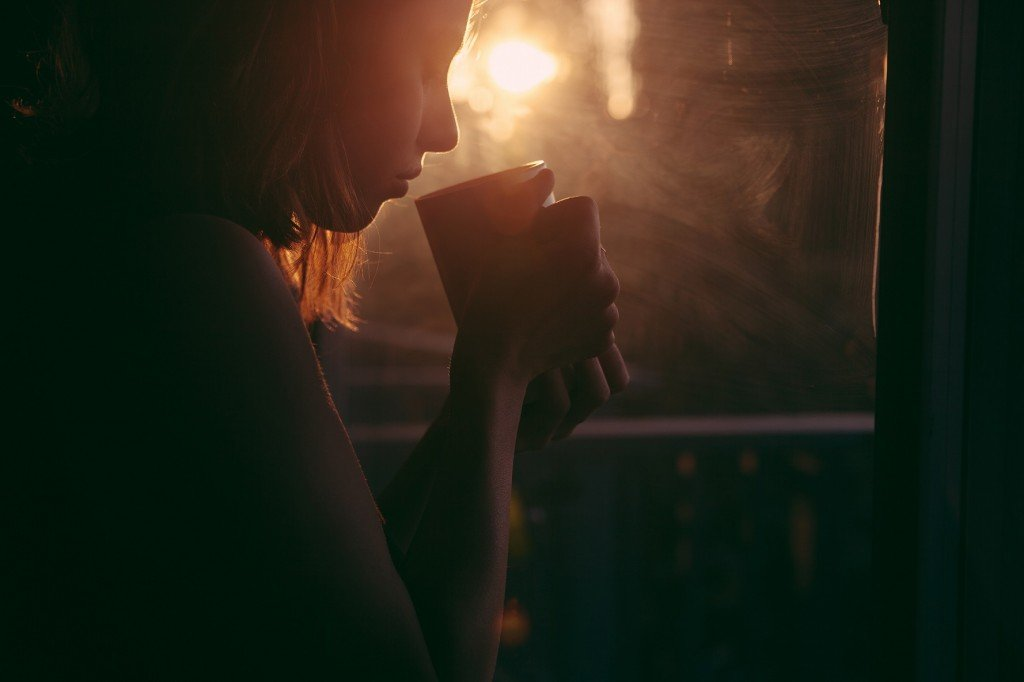 Morning_rituals_tea_sunrise