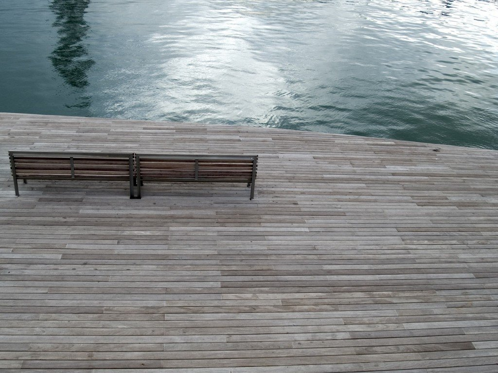 Barcelona Boardwalk Grounding