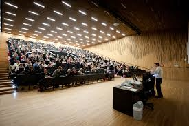 Lecture_Hall_Students